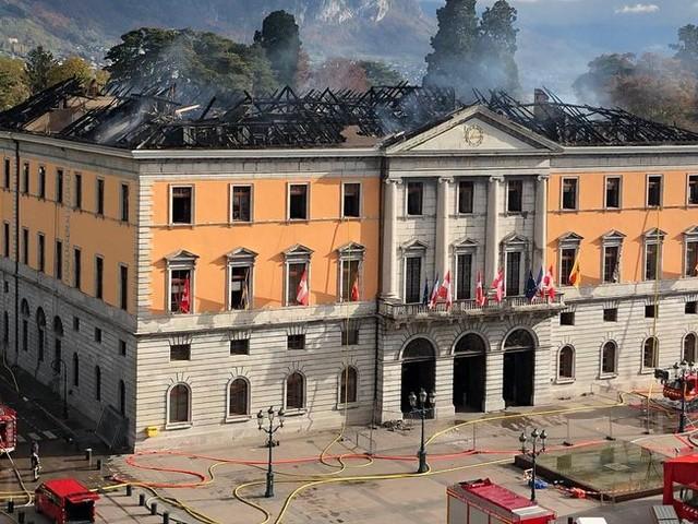 Annecy : la mairie restera fermée deux ans