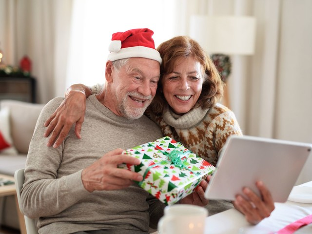 Le Covid-19 au menu du repas de Noël: le dilemme avec les parents et grand-parents