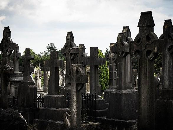 Profanation d'un cimetière dans le Gard: un adolescent aurait juste voulu épater sa copine