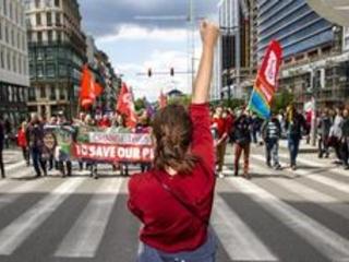 15.000 personnes en rue pour une Belgique solidaire et ambitieuse sur le climat