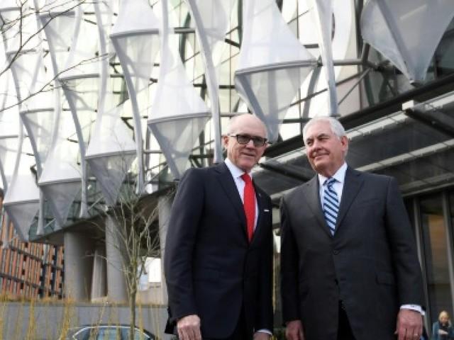 Tillerson visite en catimini la nouvelle ambassade des Etats-Unis à Londres