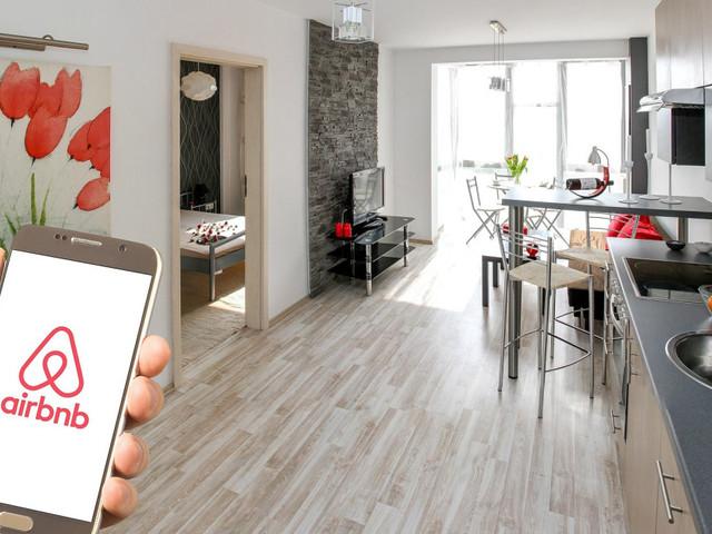 Comment Airbnb veut vérifier ses 7 millions d'annonces et protégerses utilisateurs