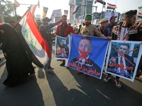 """""""Civisme"""" ou illégalité, l'Irak divisé face au président qui menace de démissionner"""