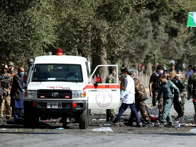 Double attentat pendant la campagne électorale en Afghanistan, au moins 48 morts