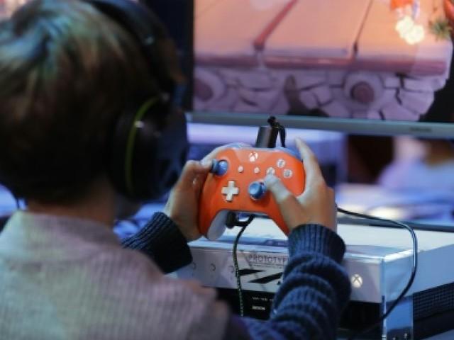 Fusillades aux Etats-Unis: l'industrie du jeu vidéo sommée de se justifier