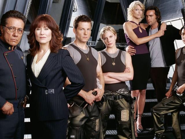 Battlestar Galactica : un reboot en préparation par le créateur de la série Mr Robot