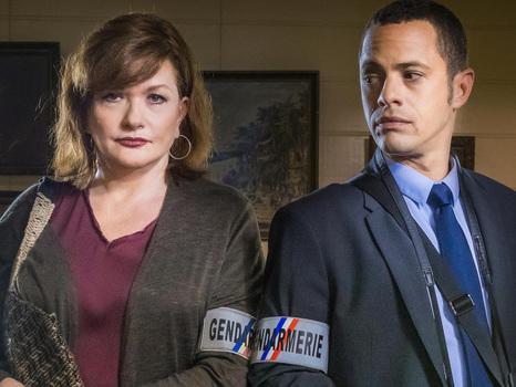 """""""La Malédiction du Volcan"""" le téléfilm évènement tourné à La Réunion avec Catherine Jacob et Ambroise Michel, le 21 septembre sur France 3"""