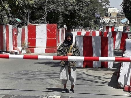 Afghanistan: les talibans prennent des villes-clés, retour de milliers de soldats américains