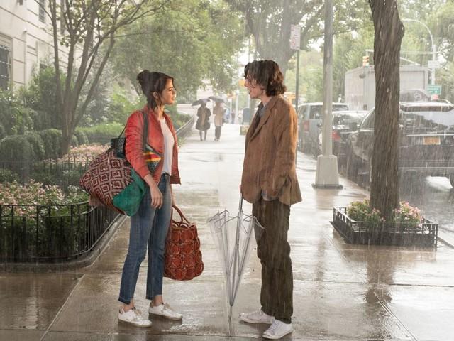Un jour de pluie à New York: pourquoi la sortie du film de Woody Allen a été retardée d'un an?