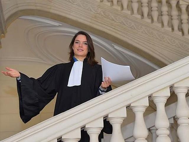 """Nîmes : une avocate dénonce les """"procédures bâclées"""" à l'encontre des """"gilets jaunes"""""""