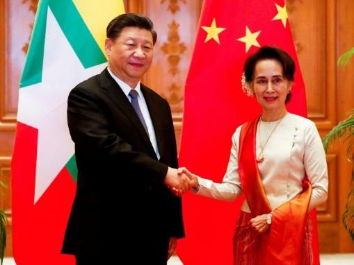 Xi Jinping affiche son soutien à la Birmanie malgré la crise des Rohingyas