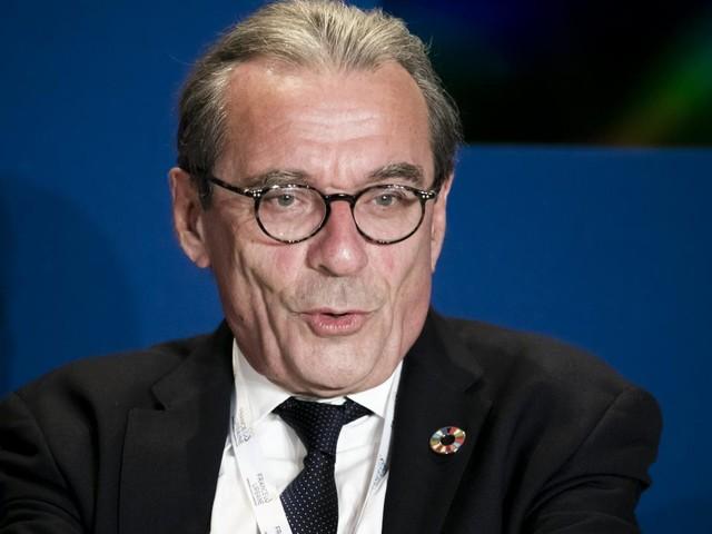"""Appel des maires pour réduire les inégalités de santé : """"La tendance est à l'américanisation"""", selon le maire de Strasbourg"""