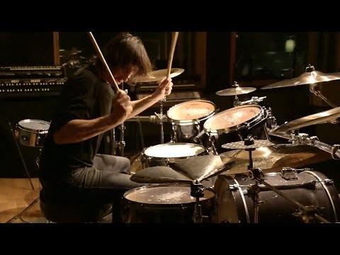 """Mario Duplantier (Gojira) partage un nouveau solo de batterie intitulé """"Cyclone"""", à découvrir dans la..."""