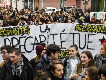 Lyon: deux mois après, l'étudiant immolé toujours plongé dans un coma artificiel