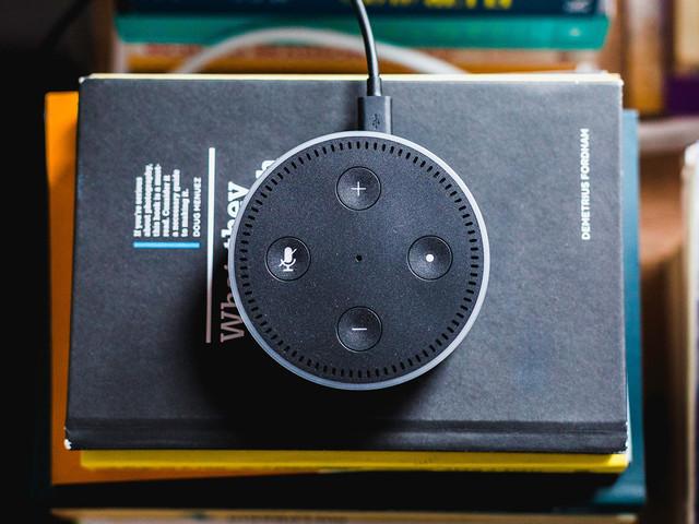 Siri, Google Assistant et Alexa vulnérables aux attaques… par laser