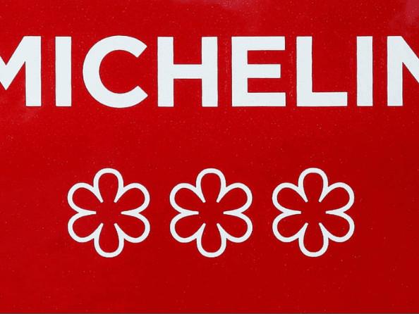 Le guide Michelin se refait une santé sur le dos de la cuisine française