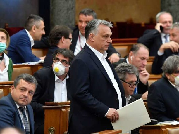 Viktor Orban à l'ombre du coronavirus