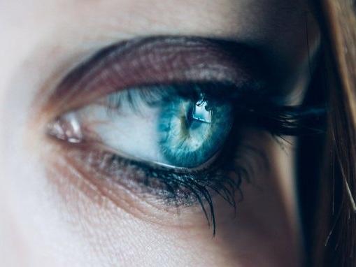 Covid-19 : les formes sévères pourraient endommager les yeux