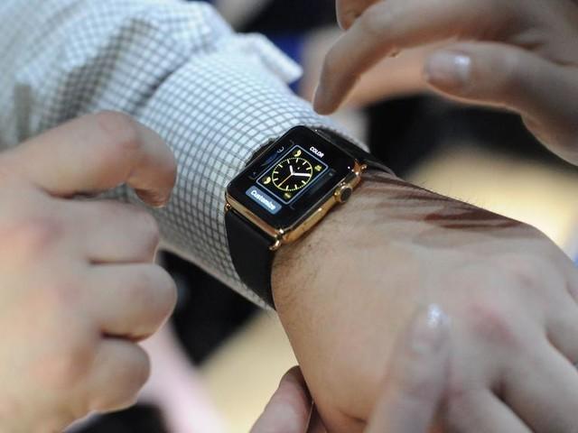 Comment forcer l'arrêt et le redémarrage d'une Apple Watch