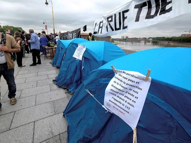 Trois morts en dix jours dans les rues de Toulouse, les travailleurs sociaux indignés
