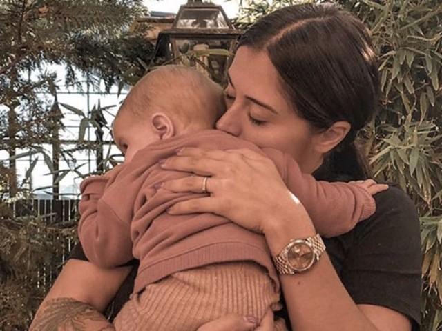 Anaïs Camizuli dévoile (enfin) sa fille sur Instagram : les internautes subjugués