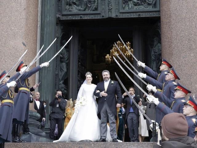 Georges Mikhaïlovitch et Rebecca Bettarini : Mariage impérial à Saint-Pétersbourg
