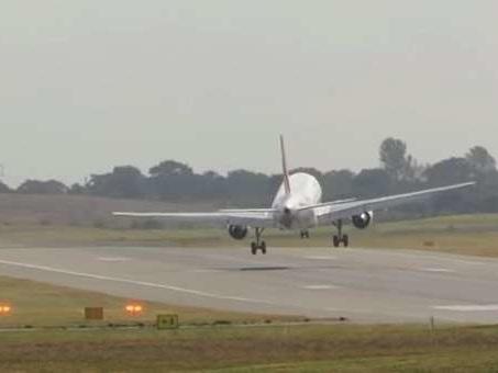 Vidéo. Frayeur pour un avion d'Air France secoué par des vents violents