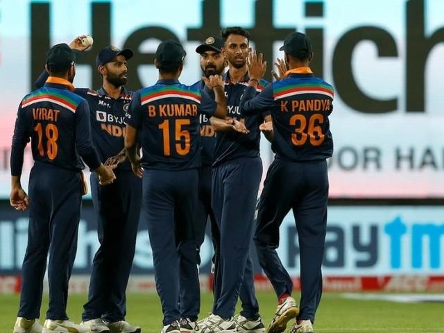 INDvsENG 1st ODI : कृ्ष्णानं उधळले पाहुण्यांचे मनसुबे; टीम इंडियाचा विजयी रुबाब कायम