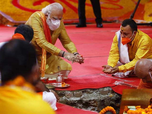 Indian PM Modi lays foundation of temple at razed mosque site