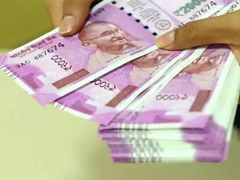 കുഴല്പ്പണക്കേസ്: സുരേന്ദ്രന്റെ സെക്രട്ടറിയേയും സി.പി.എം പ്രവര്ത്തകനെയും ചോദ്യം ചെയ്യുന്നു