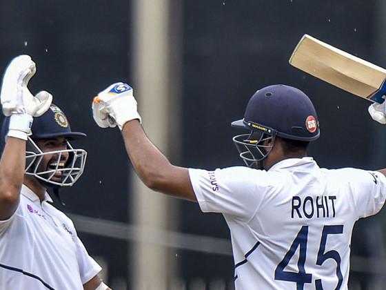 INDvsSA : बॅड लाईटमुळे खेळ थांबला; भारताच्या 3 बाद 224 धावा