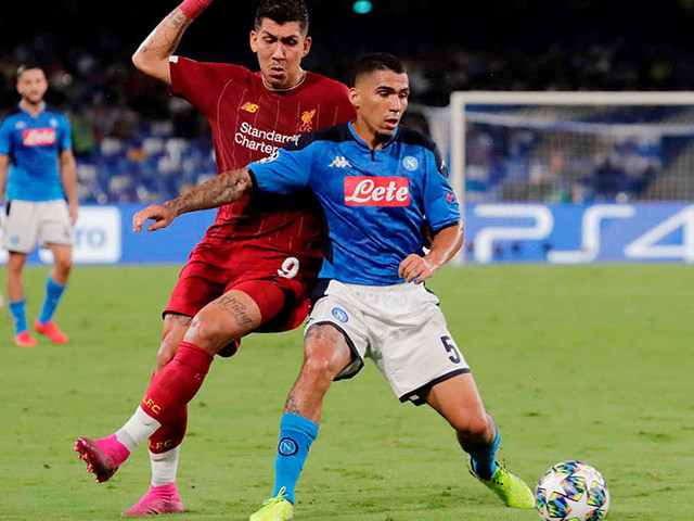 Klopp rues wasteful Liverpool after title defence begins with Napoli defeat