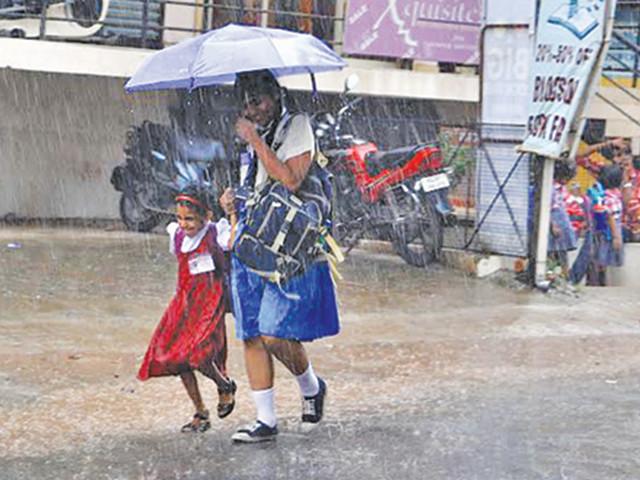 ഒന്പത് ജില്ലകളില് നാളെ വിദ്യാഭ്യാസ സ്ഥാപനങ്ങള്ക്ക് അവധി