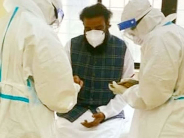Karnataka reports biggest single day spike of 17,489 COVID cases, 80 deaths