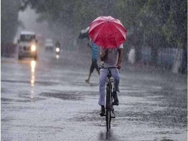 केरल में हो सकती है भारी बारिश, आरेंज व येलो अलर्ट जारी; जानें आज के मौसम का हाल