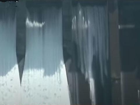 ഇടുക്കിയില് മൂന്നാമത്തെ ഷട്ടറും ഉയര്ത്തി; ഒഴുക്കിവിടുന്നത് സെക്കന്റില് 100 ഘനമീറ്റര് വെള്ളം