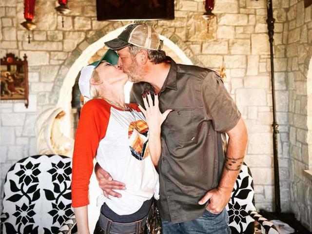Gwen Stefani and Blake Shelton are engaged!