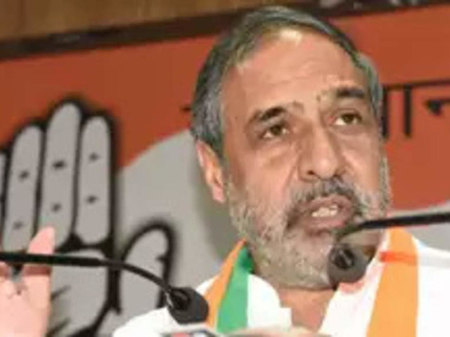 Grounding of Jet Airways seems a scam: Anand Sharma