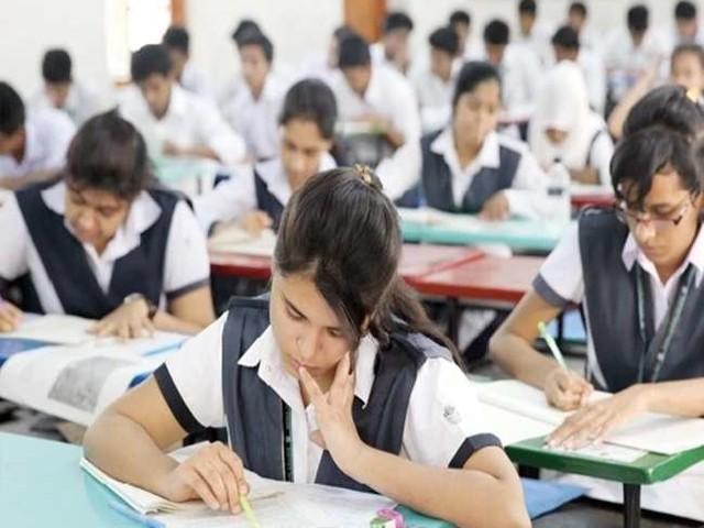 गवाह हैं आंकड़े- शिक्षा की व्यवस्था जितनी सुदृढ़, अर्थव्यवस्था की बुनियाद उतनी मजबूत