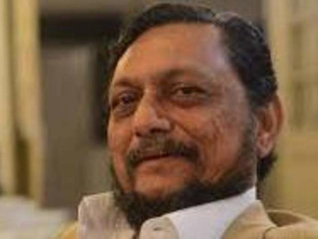 CJI seeks Nitin Gadkari's help on air pollution, but drops idea