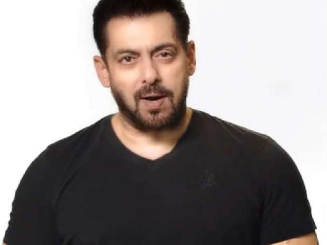 ट्रोलर ने सलमान खान से मांगे अपने पैसे वापस, दबंग खान ने कहा- 'पैसे नहीं चुराए...'