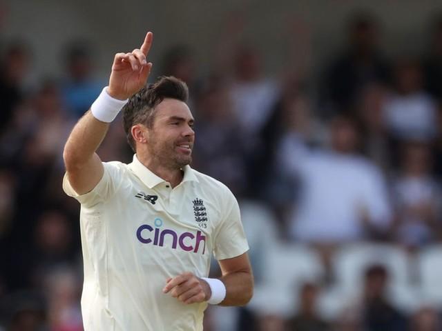 भारत के 78 रन पर गिरने के बाद हेडिंग्ले में इंग्लैंड जिम्मेदार