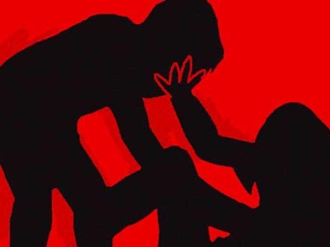 യുവതിക്കു നേരേ ബലാത്സംഗശ്രമവും ക്രൂരമായ ആക്രമണവും , 15 വയസുകാരന് അറസ്റ്റില്