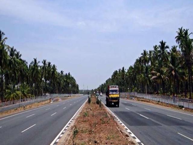 ईपीसी मॉडल से पूरी होंगी अटकी सड़क परियोजनाएं, 30 हजार करोड़ के 30 प्रोजेक्ट हैं अटके