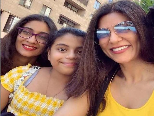 Sushmita Sen ने बेटी रिनी और अलीशा के साथ तस्वीरें की शेयर, जमकर हो रही हैं वायरल