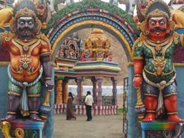 7 devotees killed in stampede during temple ceremony in TN