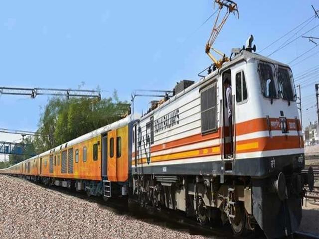 त्योहारों पर स्पेशल ट्रेनें चलाने के लिए उत्तर रेलवे ने की घोषणा, नौ ट्रेनें लगाएंगी 104 फेरे