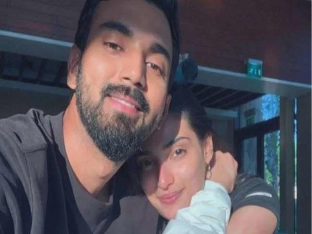 अथिया शेट्टी ने नहीं उठाया केएल राहुल का वीडियो कॉल, तो ऐसा हो गया क्रिकेटर का हाल