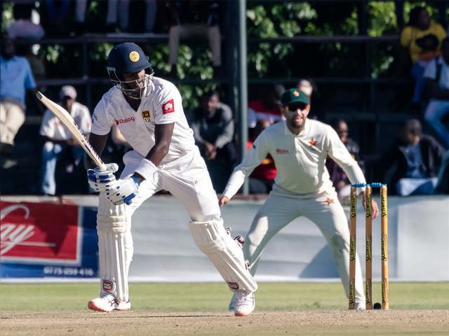 1st Test: Mathews steadies Sri Lanka in pursuit of big first innings lead