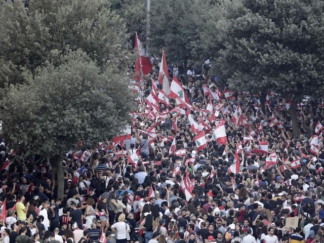 Lebanon's Nasrallah says he's against government resignation